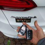 Chìa khóa thông minh Hyundai Santafe làm cho ae hội Otofun giá rẻ