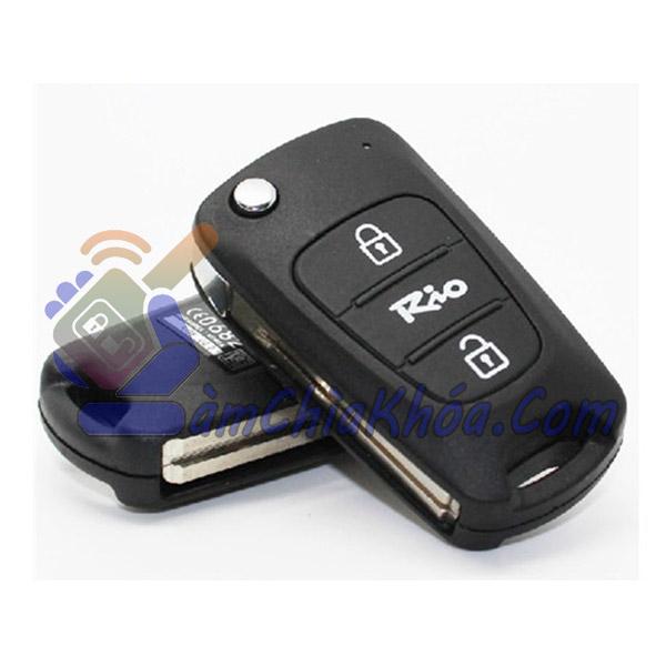 Chìa khóa Kia Rio bản xe cắm ổ vặn dùng chìa gập