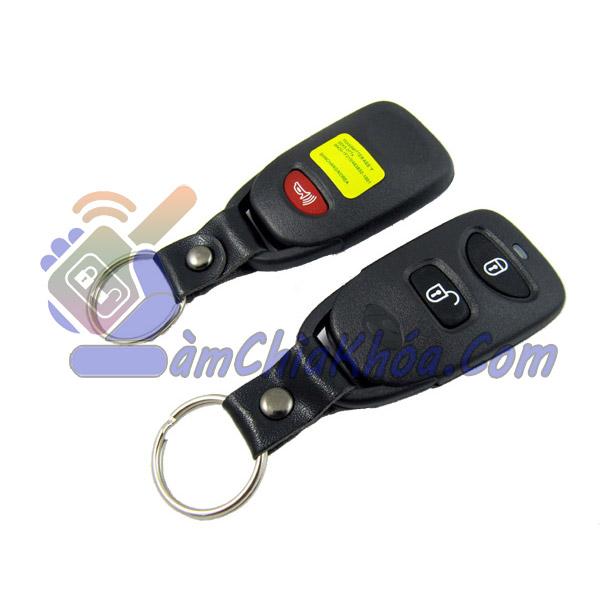 Chìa khóa Kia Caren nguyên bản theo xe remote rời nên làm chìa gập dùng tốt hơn