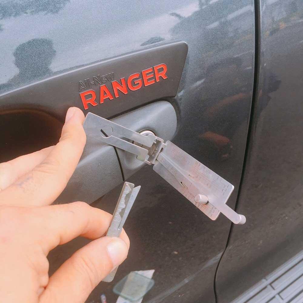 Thợ mở khóa xe ô tô, xe hơi giá rẻ chuyên nghiệp tphcm