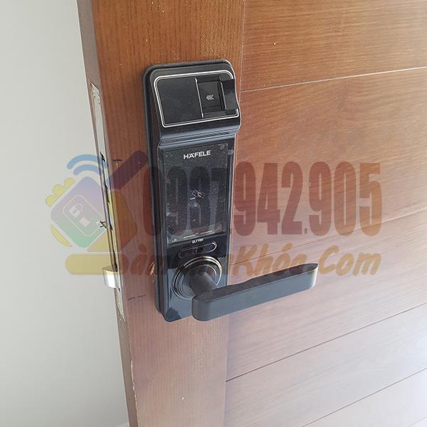 Thợ lắp khóa điện tử Hafele 7700 8800